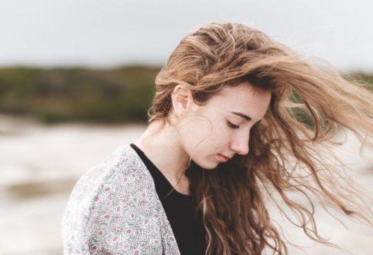 Ah la pousse des cheveux, c 'est tout une histoire
