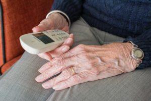 La Téléassistance pour Personnes Âgées a pour vocation de veiller à leur sécurité