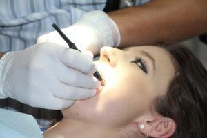 La pose d'un Implant Dentaire doit suivre certaines indications